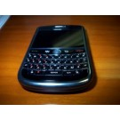 WANNA TO HAVE A GERGUIOUS BLACKBERRY HANDSET AT JUST Rs 3499
