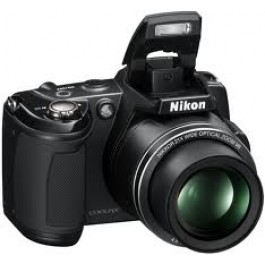 Nikon L120 4 rechargeable batteries and charger and a Camera travelling bag also a 4 GB Mem card