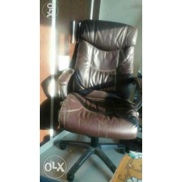 Pure leather Revolving hydrolic easy chair