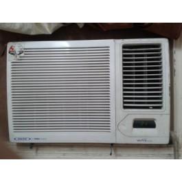 Excellent condition Voltas AC